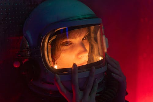 Fotos de stock gratuitas de adulto, astronauta, casco
