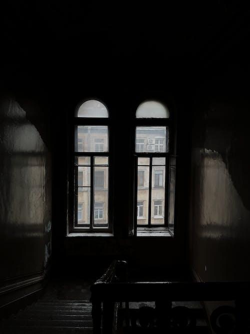 Fotos de stock gratuitas de abandonado, adentro, arquitectura