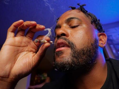 Gratis lagerfoto af afroamerikansk, cannabis kultur, doobie