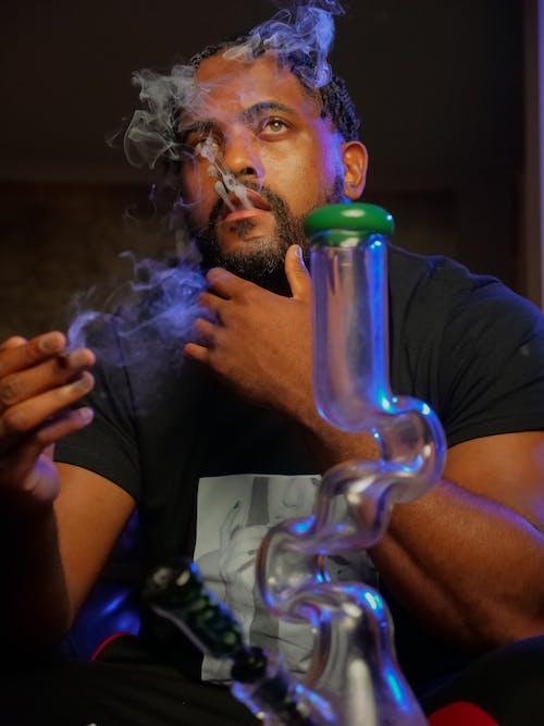 Foto profissional grátis de afro-americano, atencioso, barbado