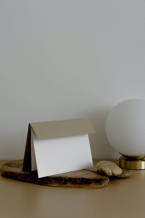 Бесплатное стоковое фото с архитектура, бизнес, бумага