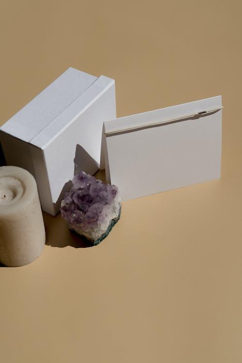 Бесплатное стоковое фото с washcloset, бумага, в помещении