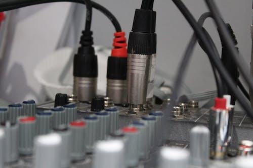 Gratis stockfoto met bureau, geluid, geluidmixer, geluidstechniek