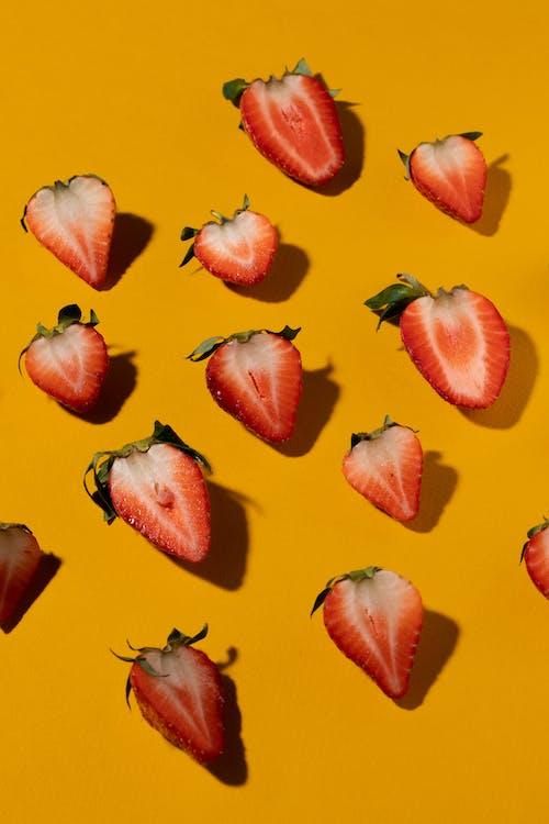 Kostenloses Stock Foto zu beeren, erdbeeren, essen