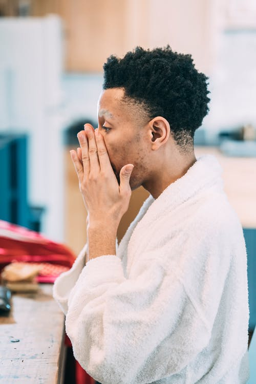 Kostenloses Stock Foto zu afroamerikanischer mann, angenehm, antlitz