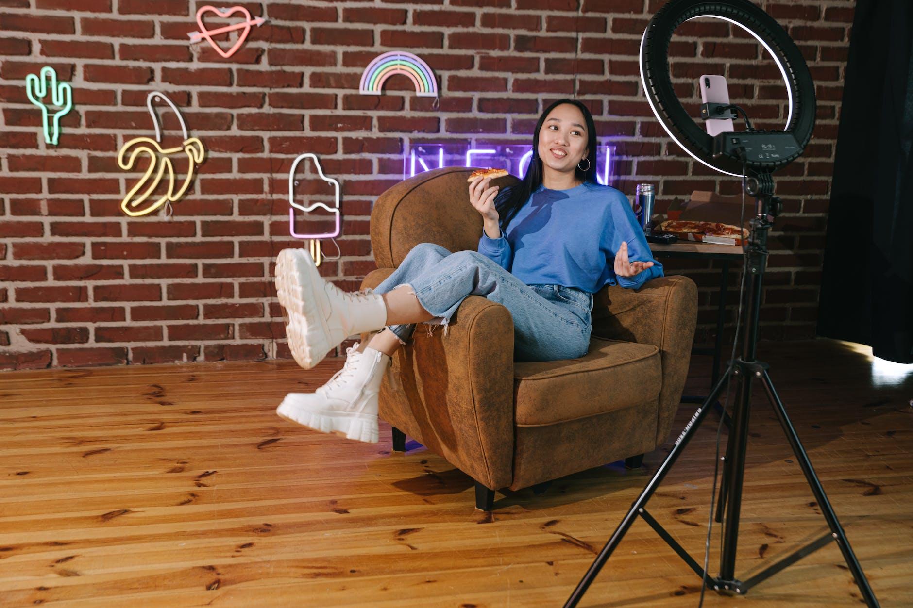 Bangun Konten secara konsisten untuk menjadi Youtuber Pemula Sukses