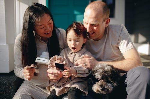 가족, 기다리는, 남자의 무료 스톡 사진