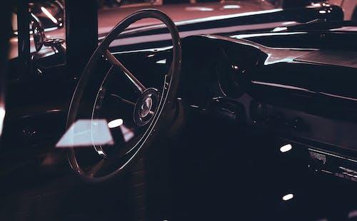 araba, araba iç mekanı, direksiyon, dizayn içeren Ücretsiz stok fotoğraf