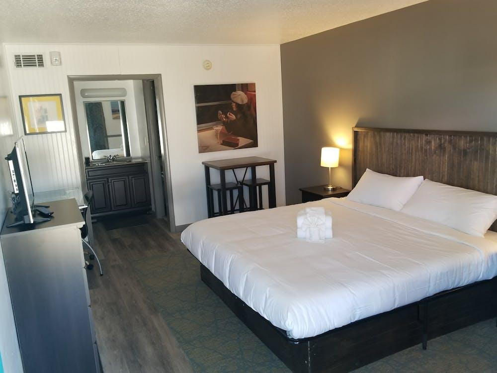 Fotos de stock gratuitas de cama tamaño rey, habitación, hospitalidad