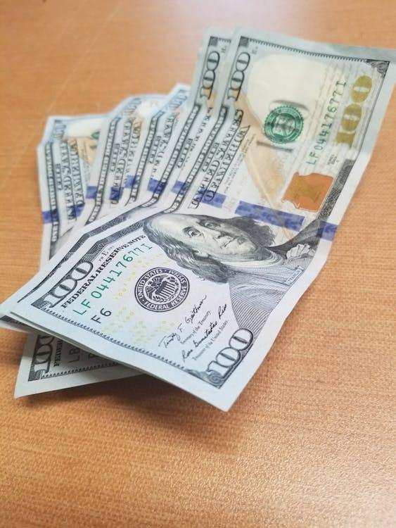 100, 500, 現金 的 免费素材图片