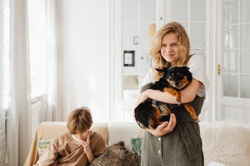 Kostenloses Stock Foto zu bett, blond, dämmerung