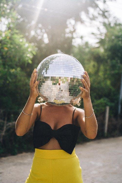 圓形, 垂直, 女人 的 免費圖庫相片