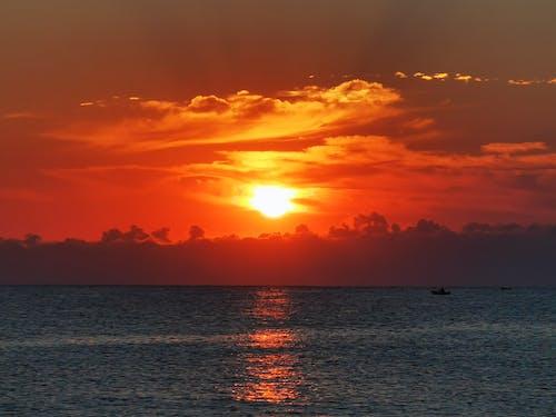 Immagine gratuita di ambiente, barca, cielo