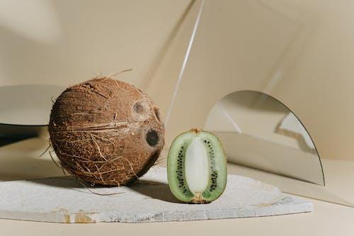 A Coconut and a Kiwi