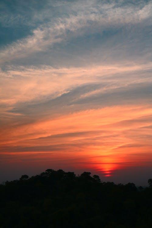 ゴールデンアワー, 層, 日没の無料の写真素材