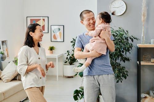 Foto d'estoc gratuïta de a casa, adorable, família asiàtica