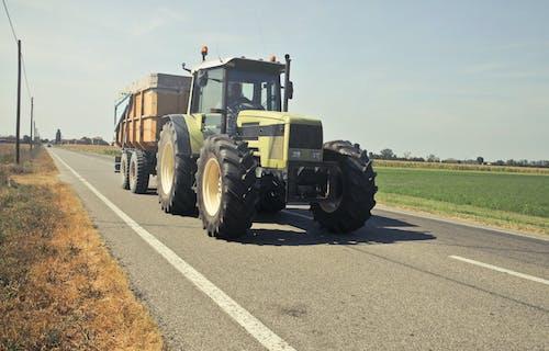 Kostnadsfri bild av arbete, asfalt, fält, fordon