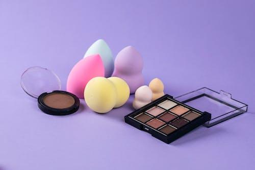 Fotos de stock gratuitas de cuidado de la belleza, esponja de maquillaje, licuadora de belleza