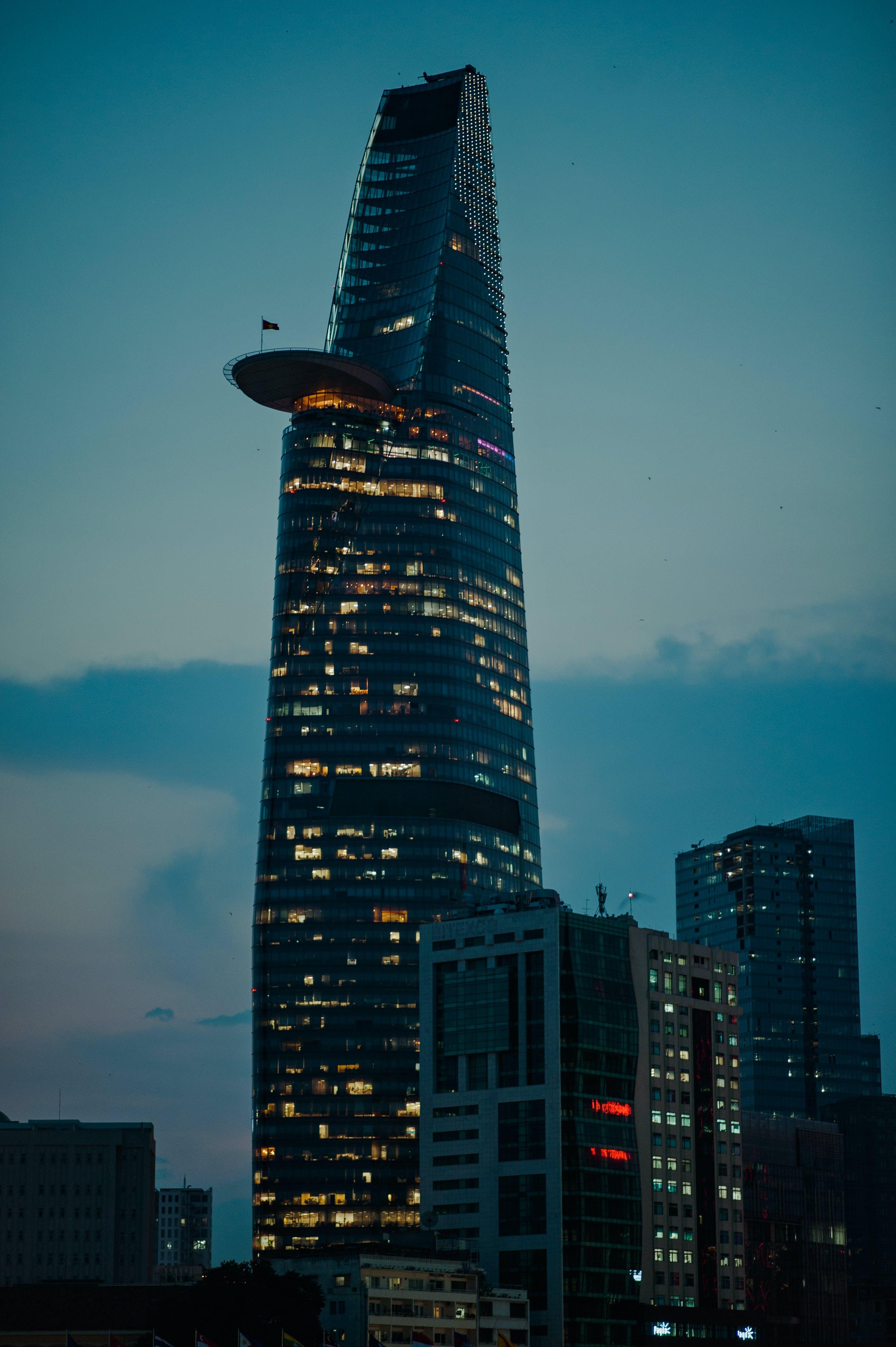 Ingyenes stockfotó ablakok, belváros, dubaj, ég témában