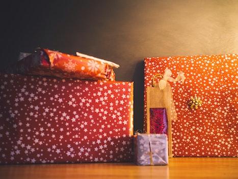 Free stock photo of gift, stars, present, floor