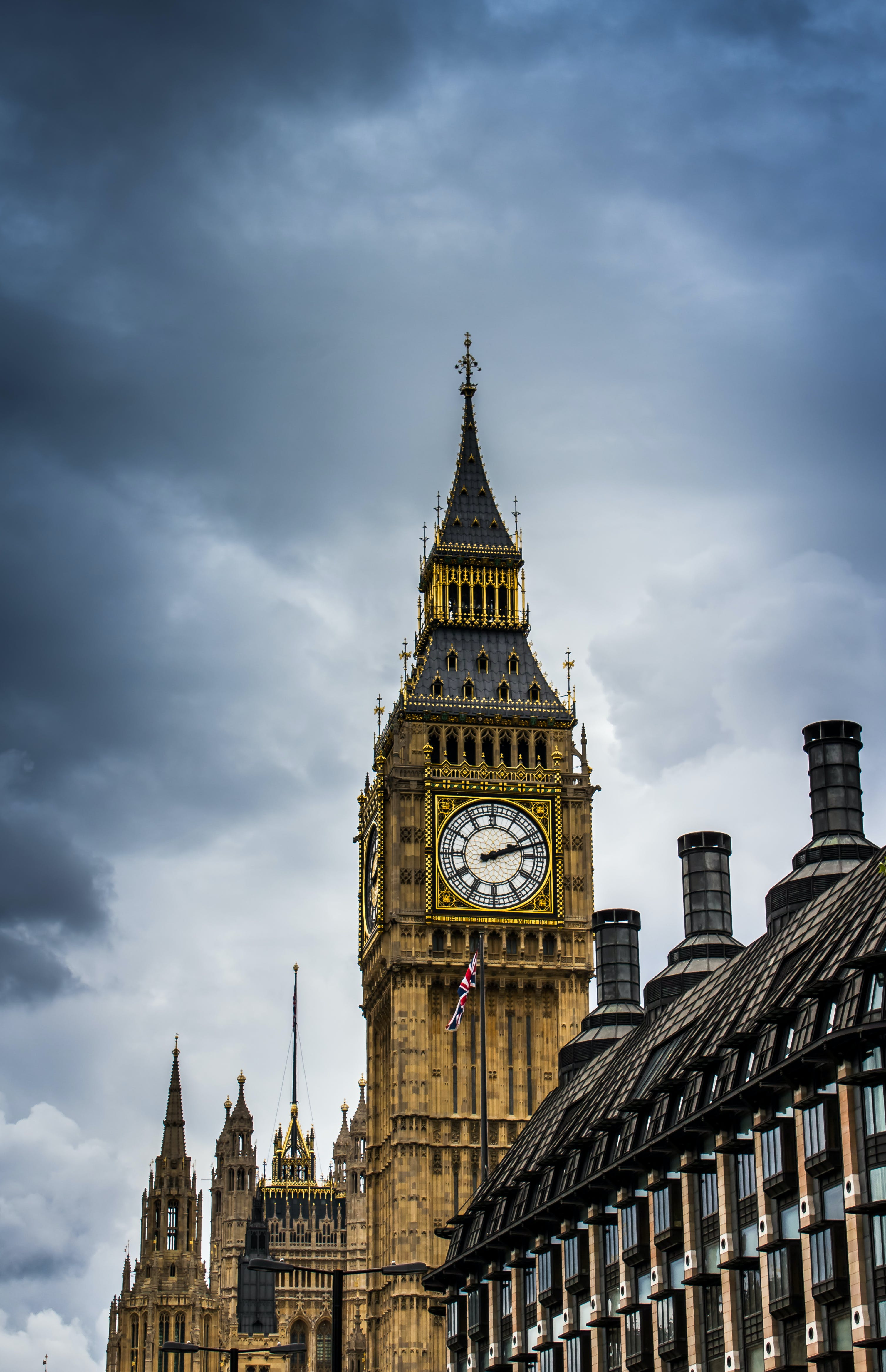 Big Ben Low-angle Photography