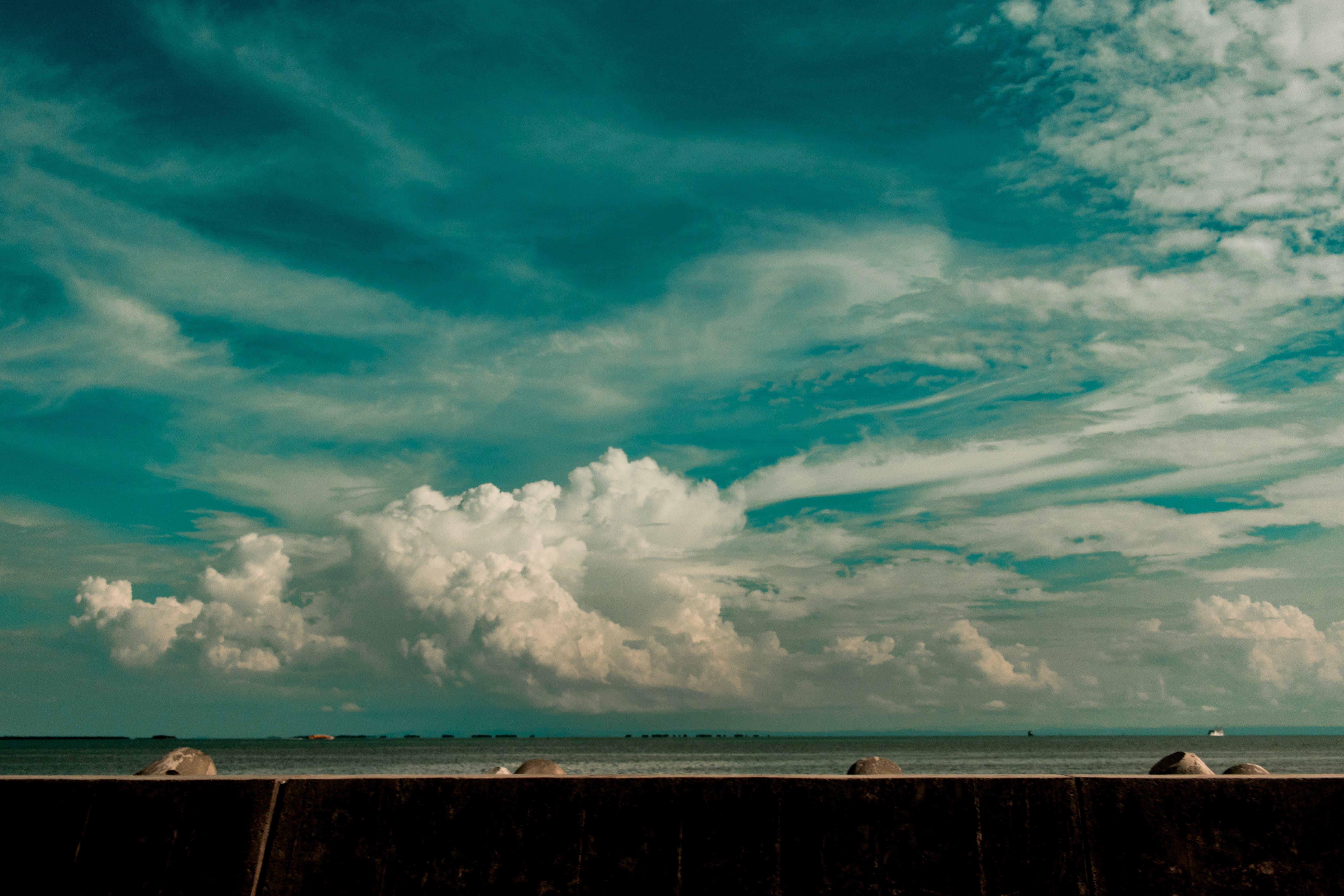 Foto d'estoc gratuïta de aigua, alba, capvespre, cel