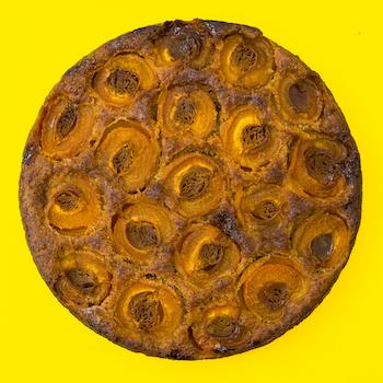 Round Baked Cake