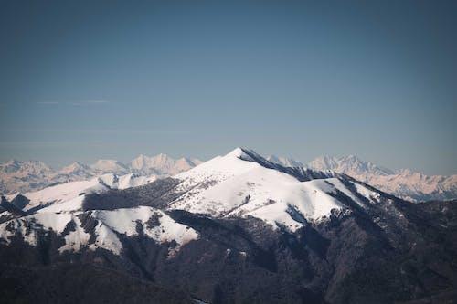 Безкоштовне стокове фото на тему «вершина, вершина гори, високий»