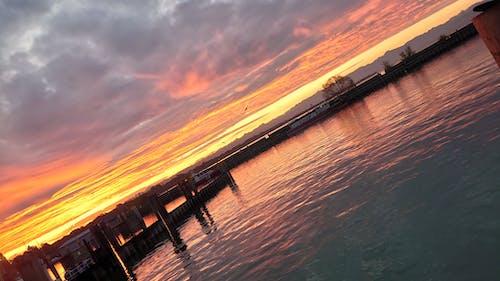 户外, 晨曦, 海岸 的 免费素材图片