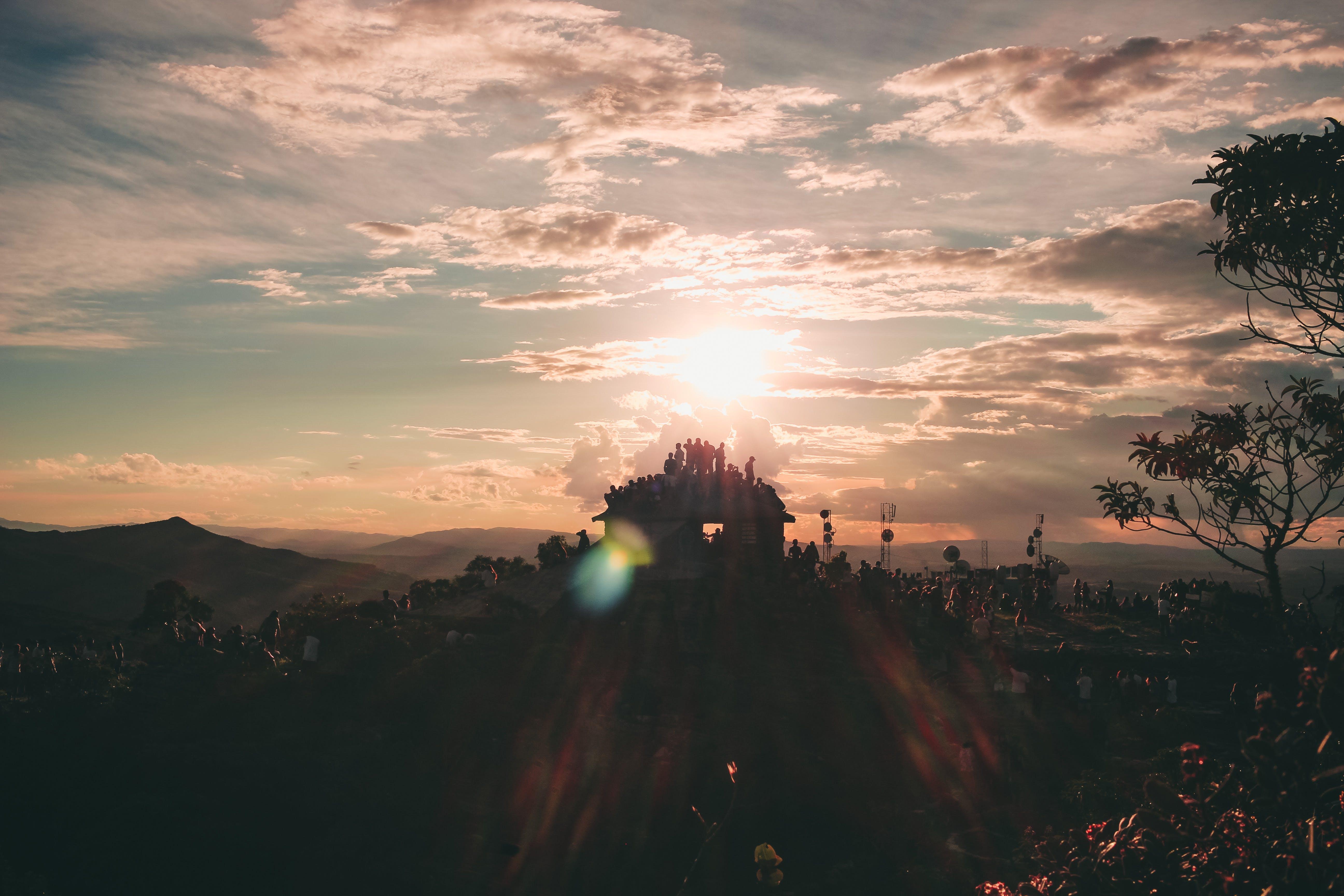 Безкоштовне стокове фото на тему «cloudsky, апельсин, вечір, гора»