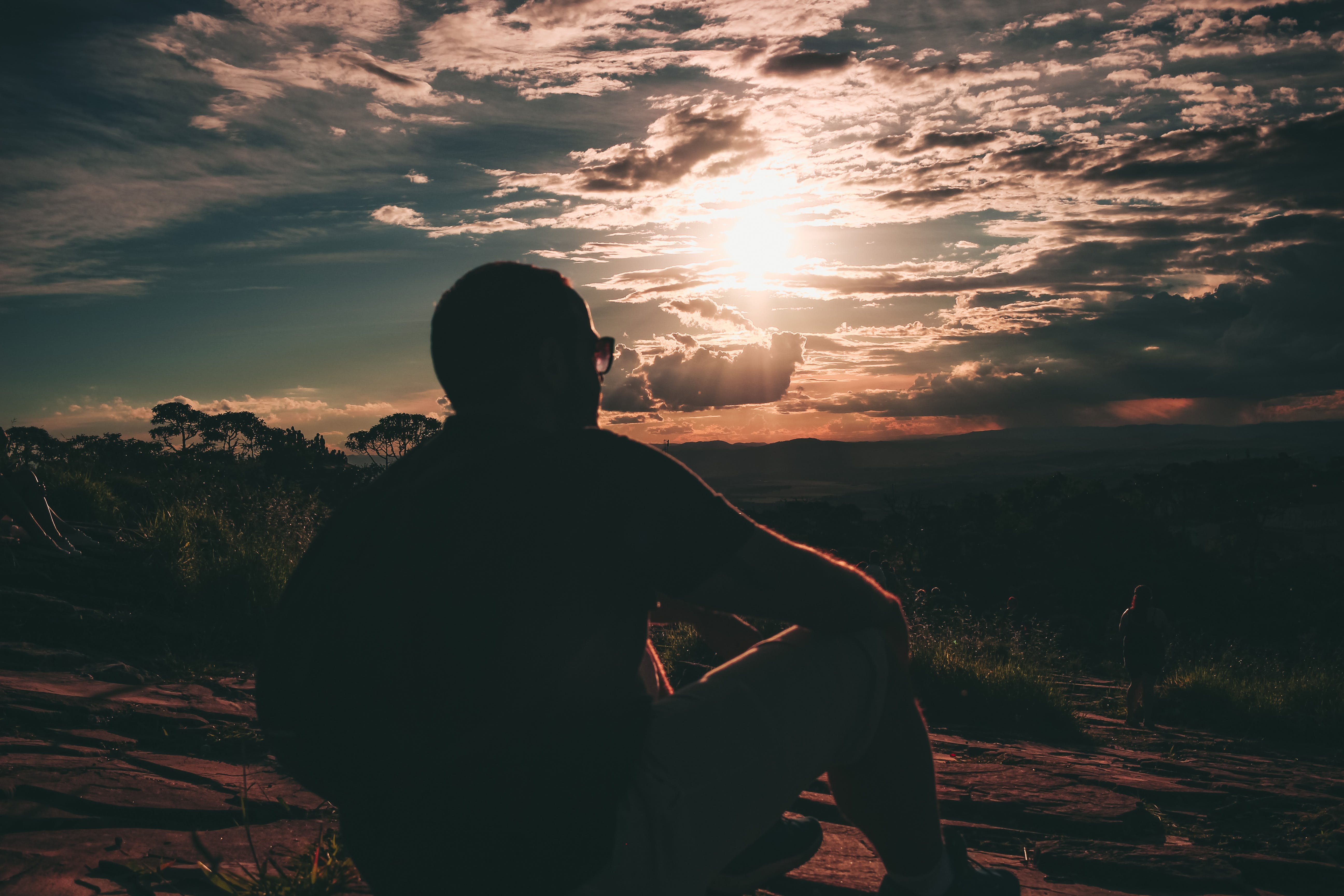 Free stock photo of sunset, man, sunglasses, mountain