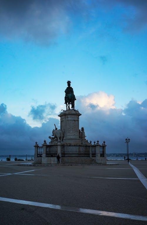 Free stock photo of empty city, praça do comercio, statue