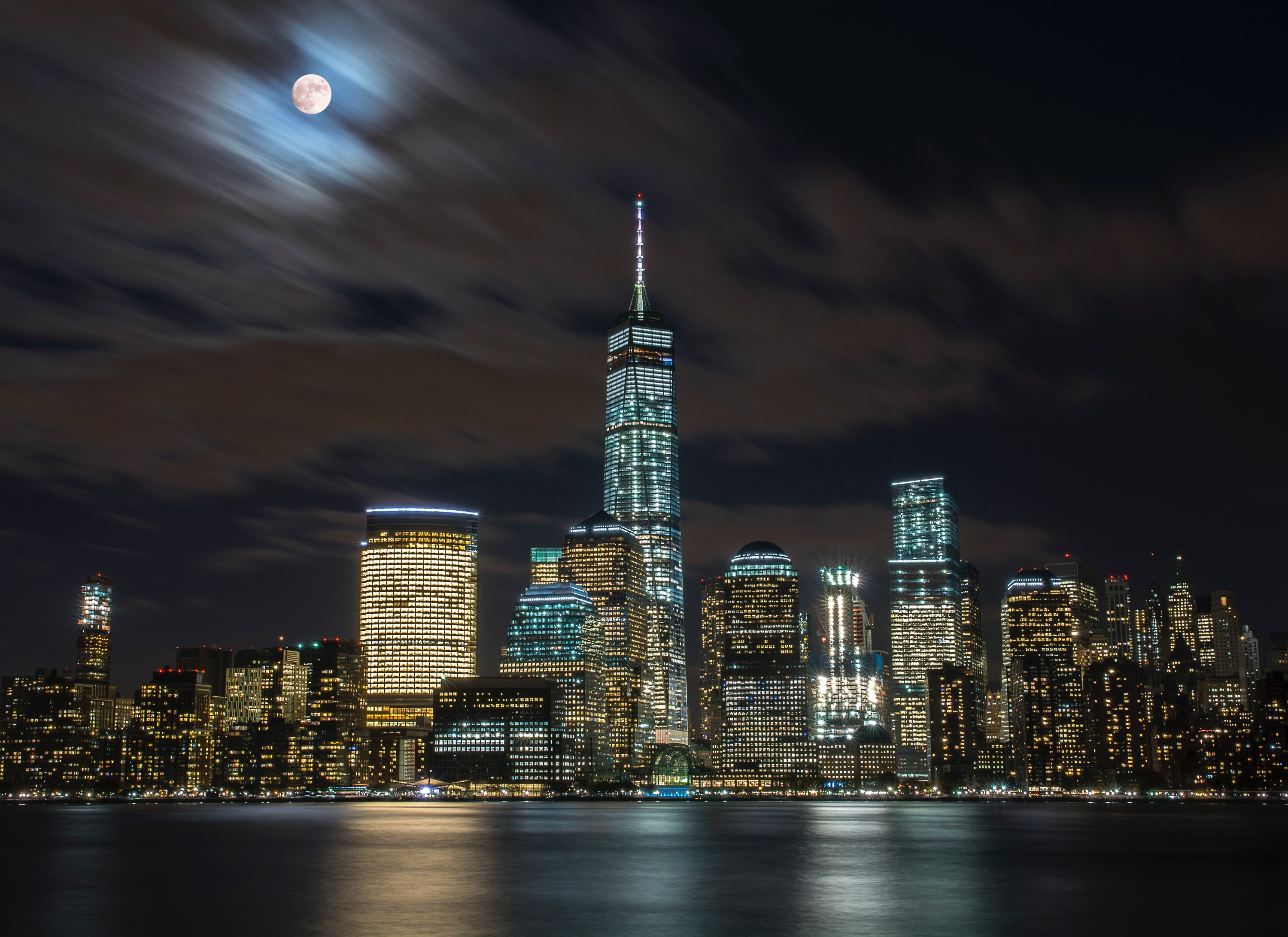 New York City During Nighttime Free Stock Photo