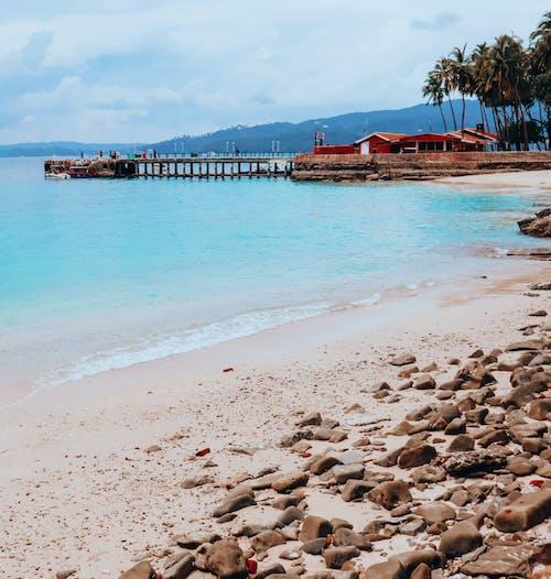 Δωρεάν στοκ φωτογραφιών με ακτή, άμμος, γαλαζια θαλασσα