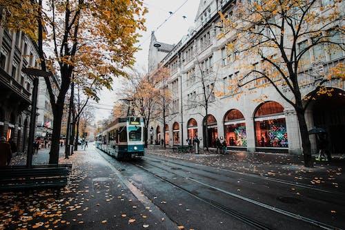 Gratis stockfoto met architectuur, bahnhofstrasse, daglicht, Europa