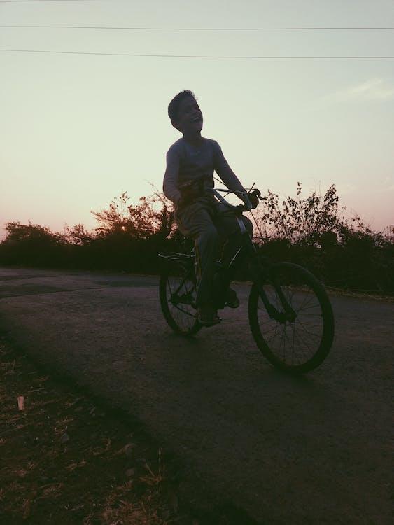 akce, biker, chlapec