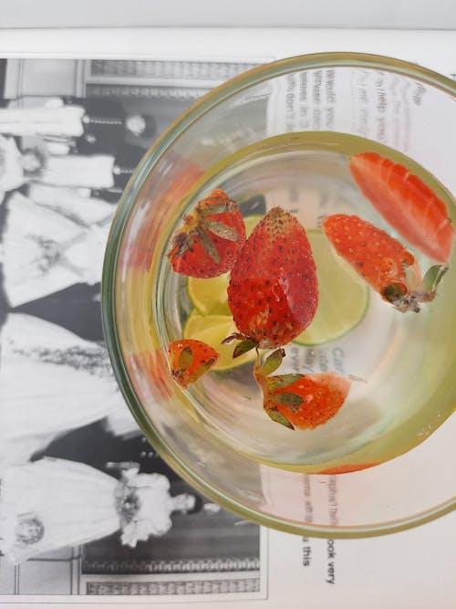 Immagine gratuita di acqua, bevanda, bicchiere