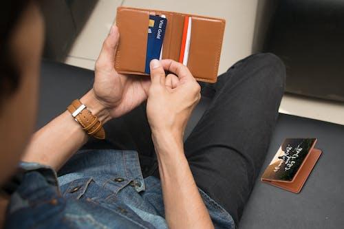 Безкоштовне стокове фото на тему «гаманець, карта, картка»