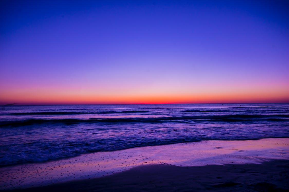 aube, bord de l'océan, bord de mer