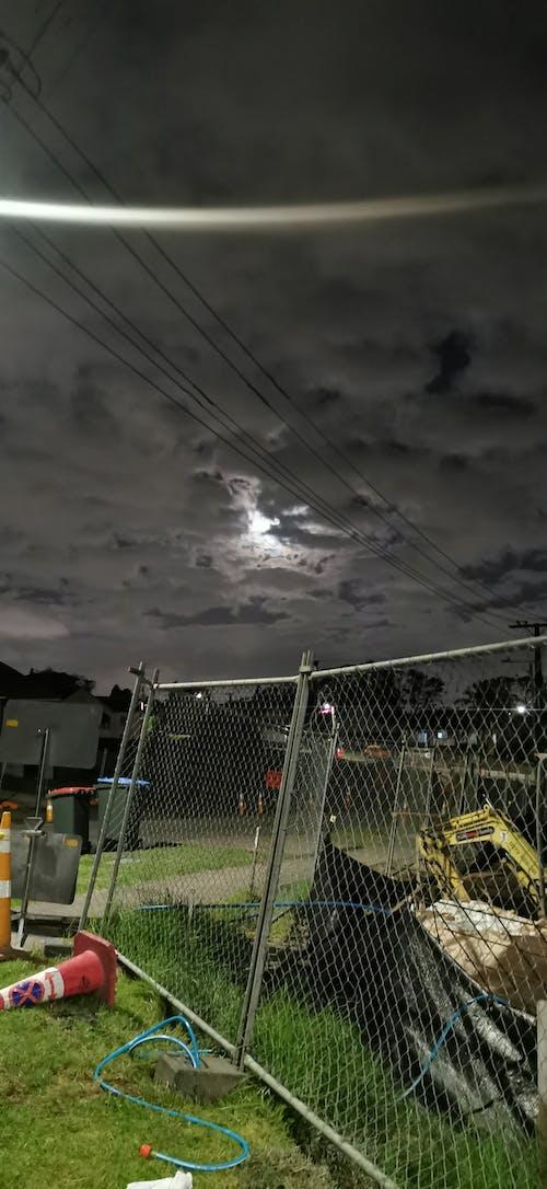 Foto stok gratis bangunan, di malam hari, konstruksi