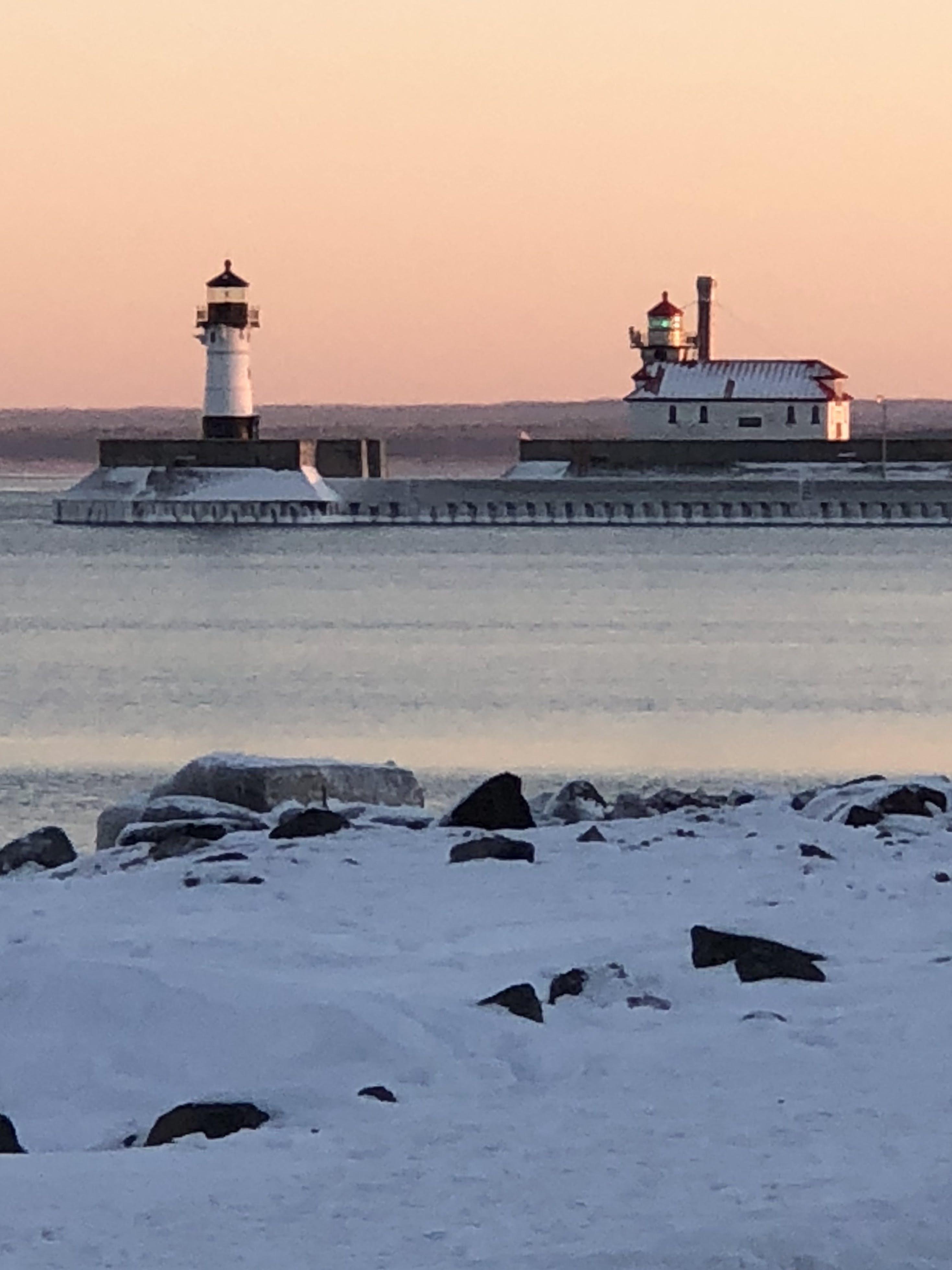 Základová fotografie zdarma na téma maják, přístav, západ slunce