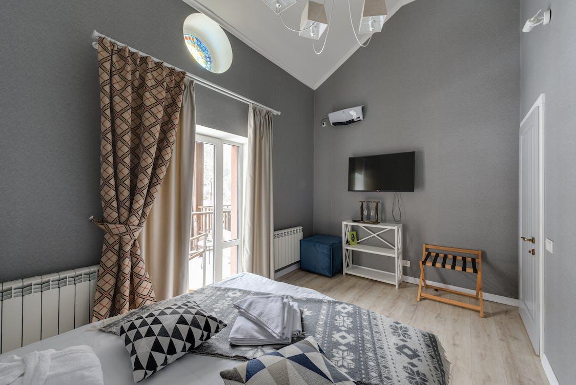 Fotos de cortinas gruesas - cómo aislar una casa del frío