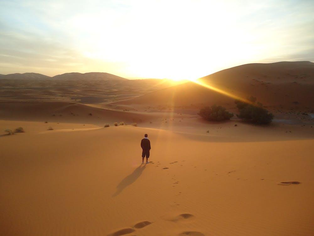 ดวงอาทิตย์, ตะวันลับฟ้า, ทราย