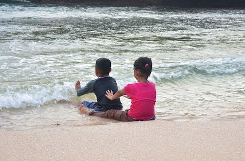 Безкоштовне стокове фото на тему «відпустка, вистава, діти, море»