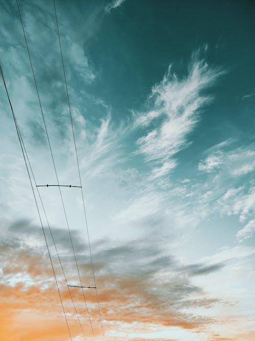 Fotobanka sbezplatnými fotkami na tému búrka, drôt, elektrická energia