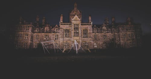 Fotobanka sbezplatnými fotkami na tému architektúra, budova, hrad