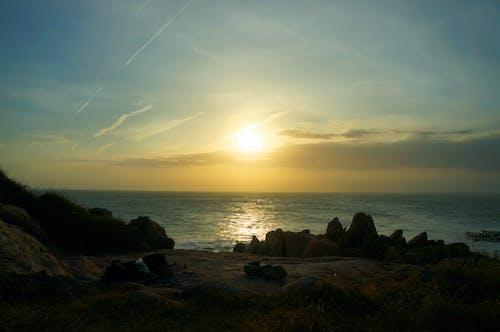 Gratis stockfoto met rock, Vietnam, zee, zon