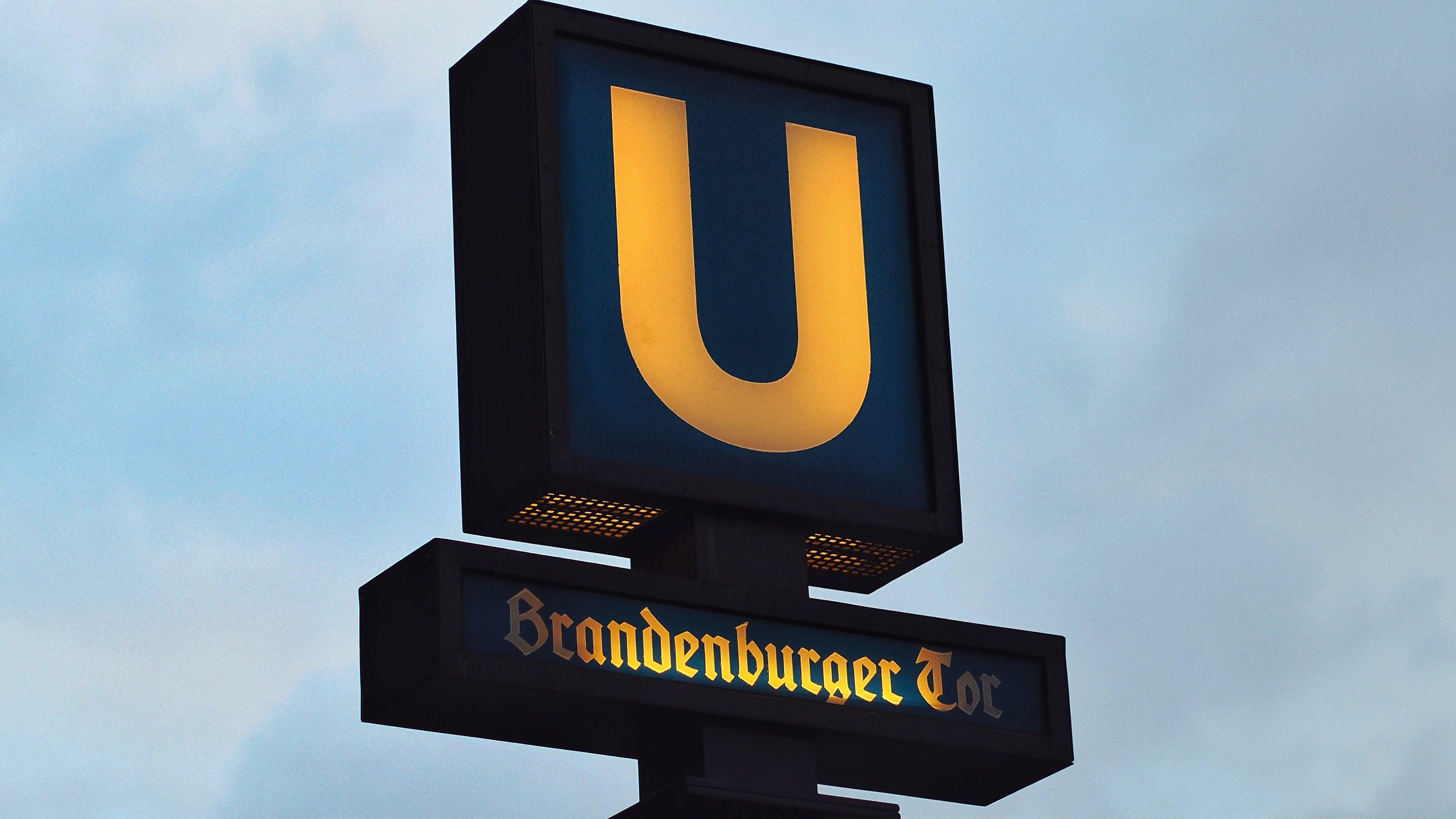 U Branden Burger Signage