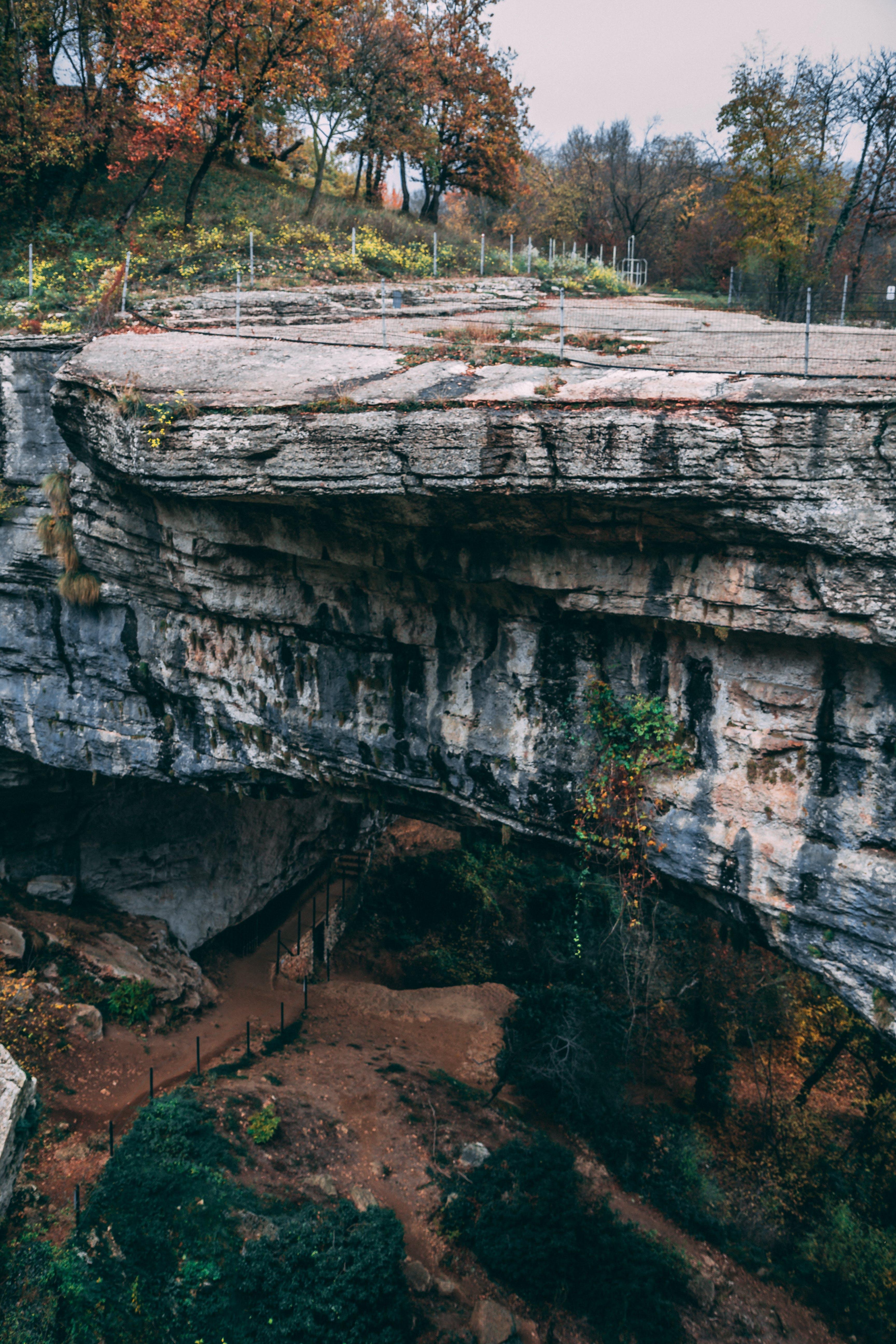 Free stock photo of arch bridge, cliff, colors of autumn, explorer