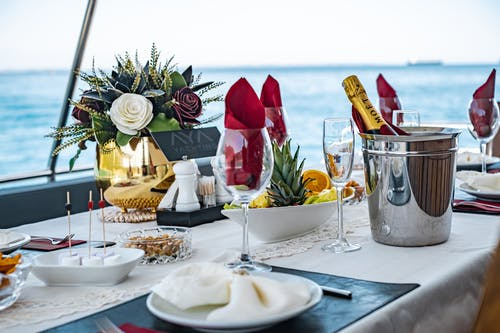 Бесплатное стоковое фото с бутылка шампанского, вилка, вино